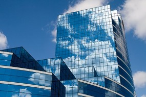 UV-stabile Folien eignen sich auch zum Schutz von Gebäudeteilen